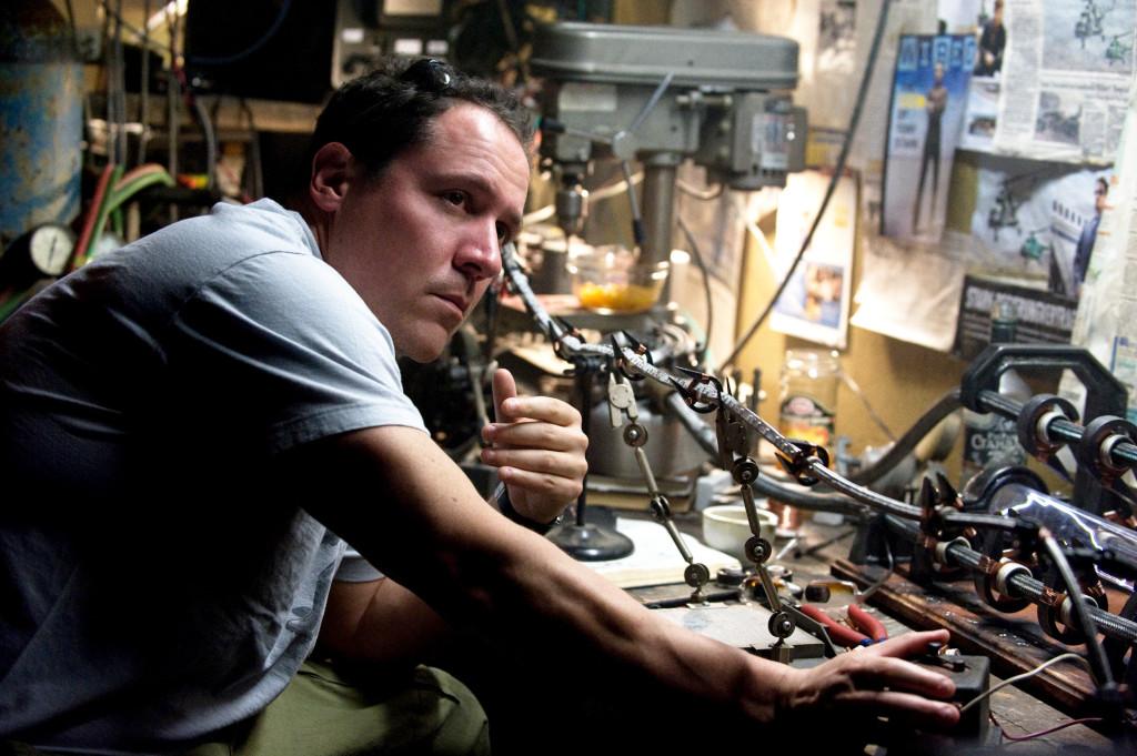 """""""Est-ce que je peux me pendre avec ce truc ?"""" se demande probablement Jon Favreau à cet instant du tournage."""