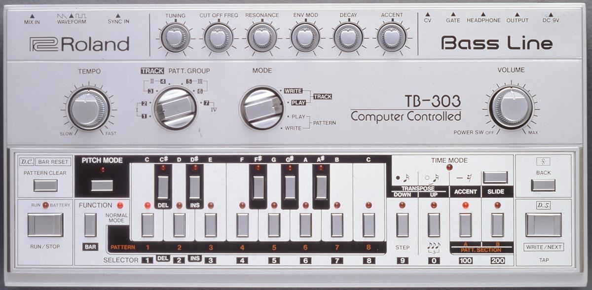 La TB-303 de Roland, objet iconique et indissociable de l'histoire de la musique électronique.