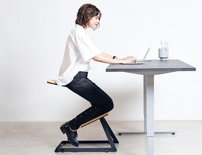 Fauteuil assis-genoux